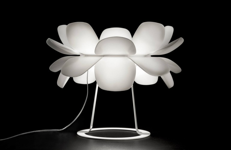 Kind of Flower Table Lamp - table-lamps
