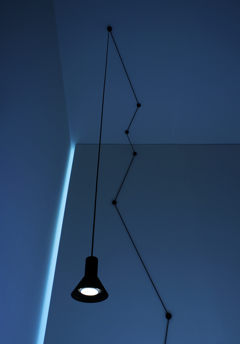 n-euro_suspension_lamp_beppe_merlano_05-thumb-468x671-57299
