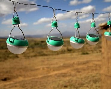 nokero-solar-powered-led-bulbs-2
