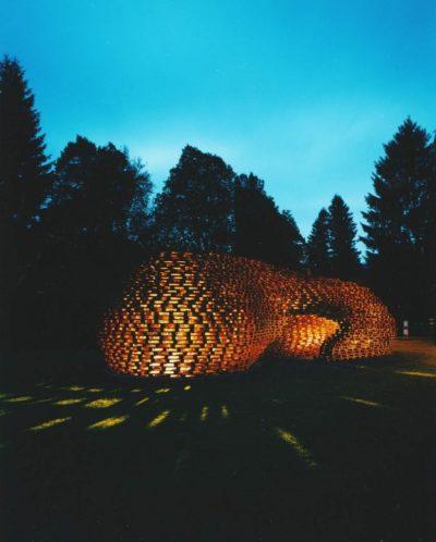 pallet-pavillion-by-matthias-loebermann-3