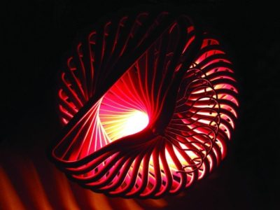 spiral-light-from-upcycled-coat-hanger