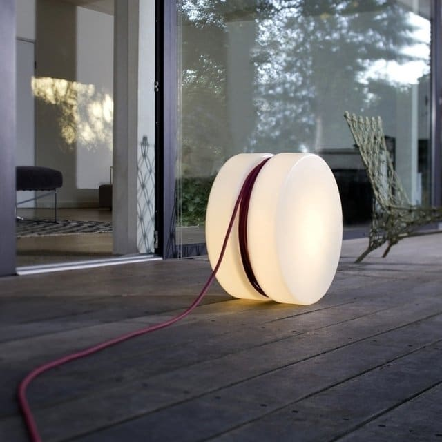 Modern & Handy Yoyo Outdoor Floor Lamp Floor Lamps Outdoor Lighting