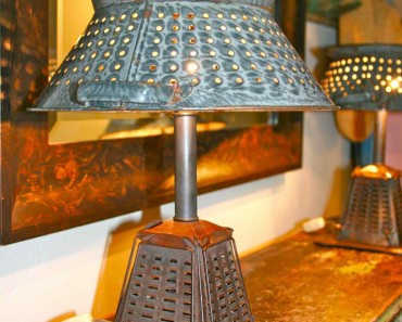 Vintage toaster lamps