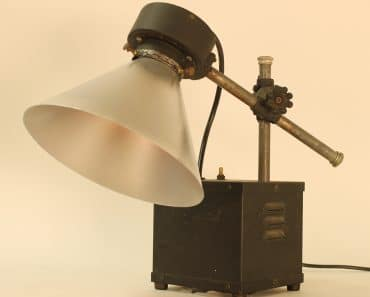 Ultraviolet Generator Table Lamp