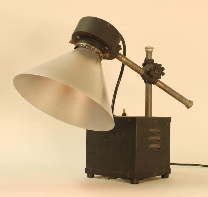 Ultraviolet Generator Table Lamp