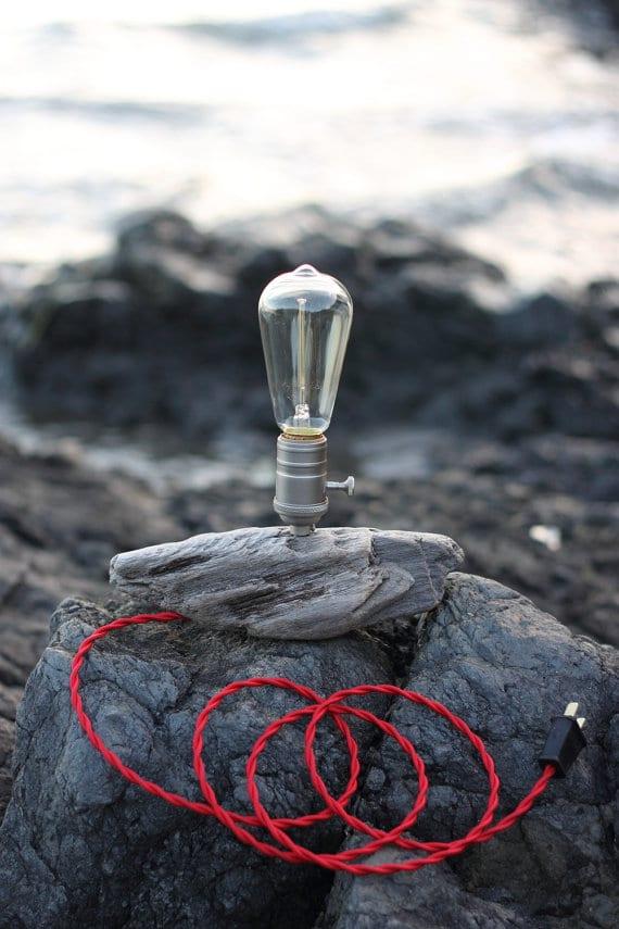 Simple ocean driftwood lamp