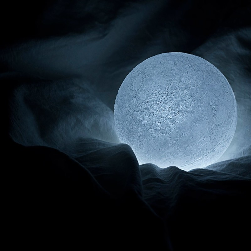 Moon Reproduction lamp