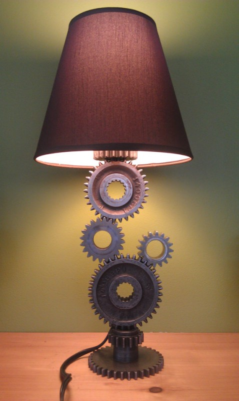 Simple Gear Industrial Table Lamp - table-lamps
