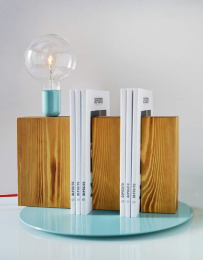 Stand By Me Wooden Bookcase Desk Lamp