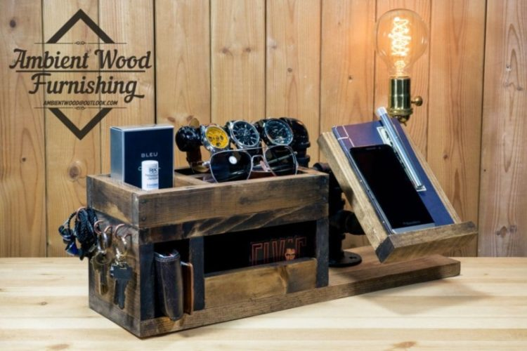 Perfect Gift Wood Docking Station Lamp With Apple Watch
