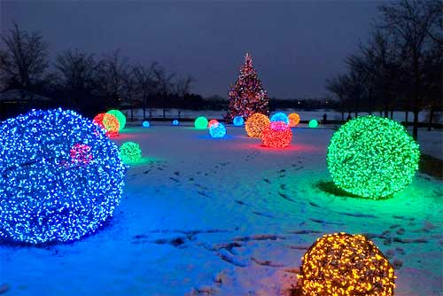 Outdoor Lighting: How to Make Christmas Nice Light Balls - outdoor-lighting