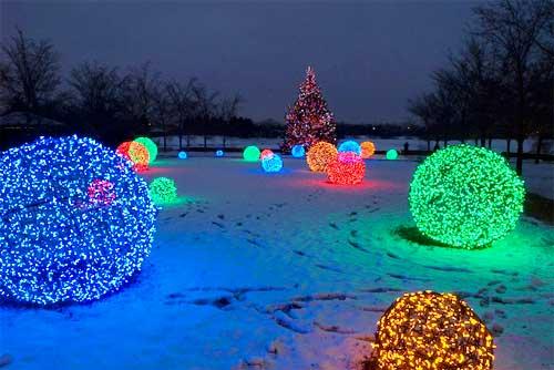 Outdoor Lighting: How to Make Christmas Nice Light Balls! - outdoor-lighting