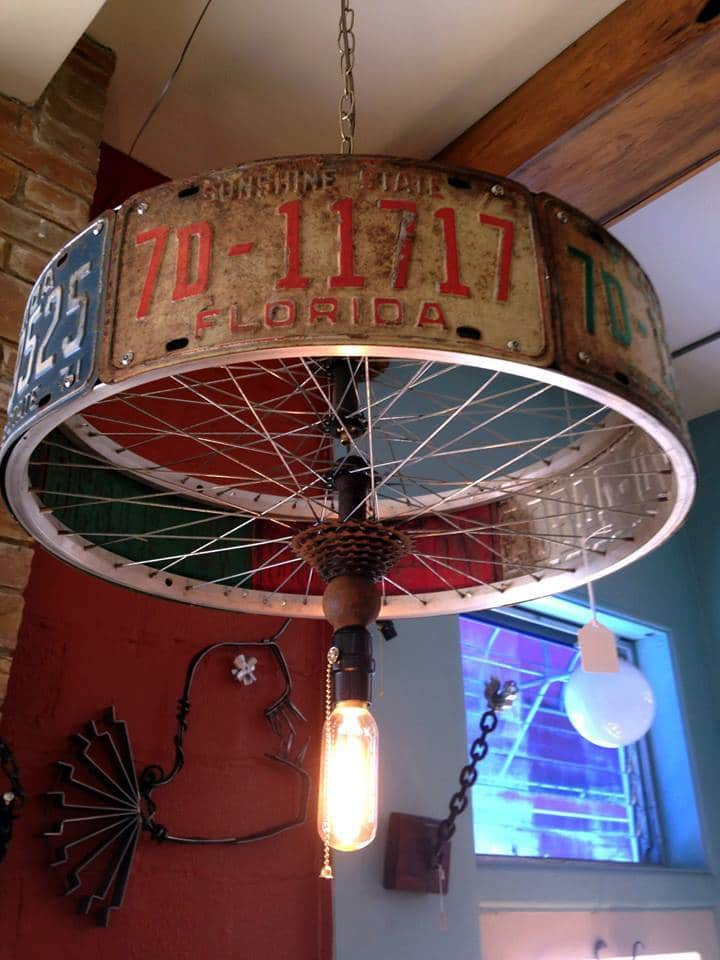 chandelier pendant lamp made from license plates and bike rim id lights. Black Bedroom Furniture Sets. Home Design Ideas