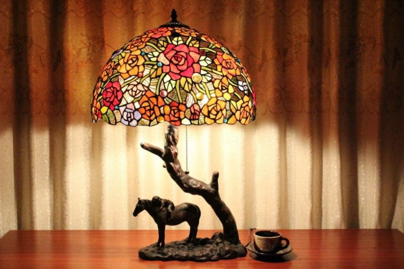 Unique Horse Under Tree Tiffany Stained Glass Table Lamp