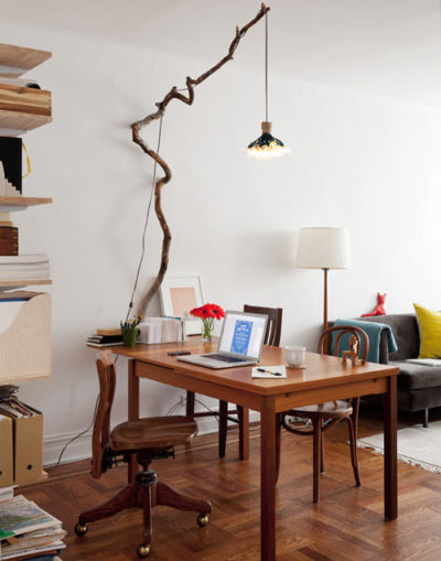 Personnal Workspace/Dining Table with Simple Wood Lighting Fixture