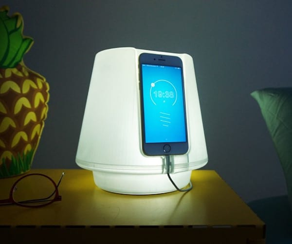 UpLamp Transforms iPhone 6 into Bedside Lamp (video) - desk-lamps