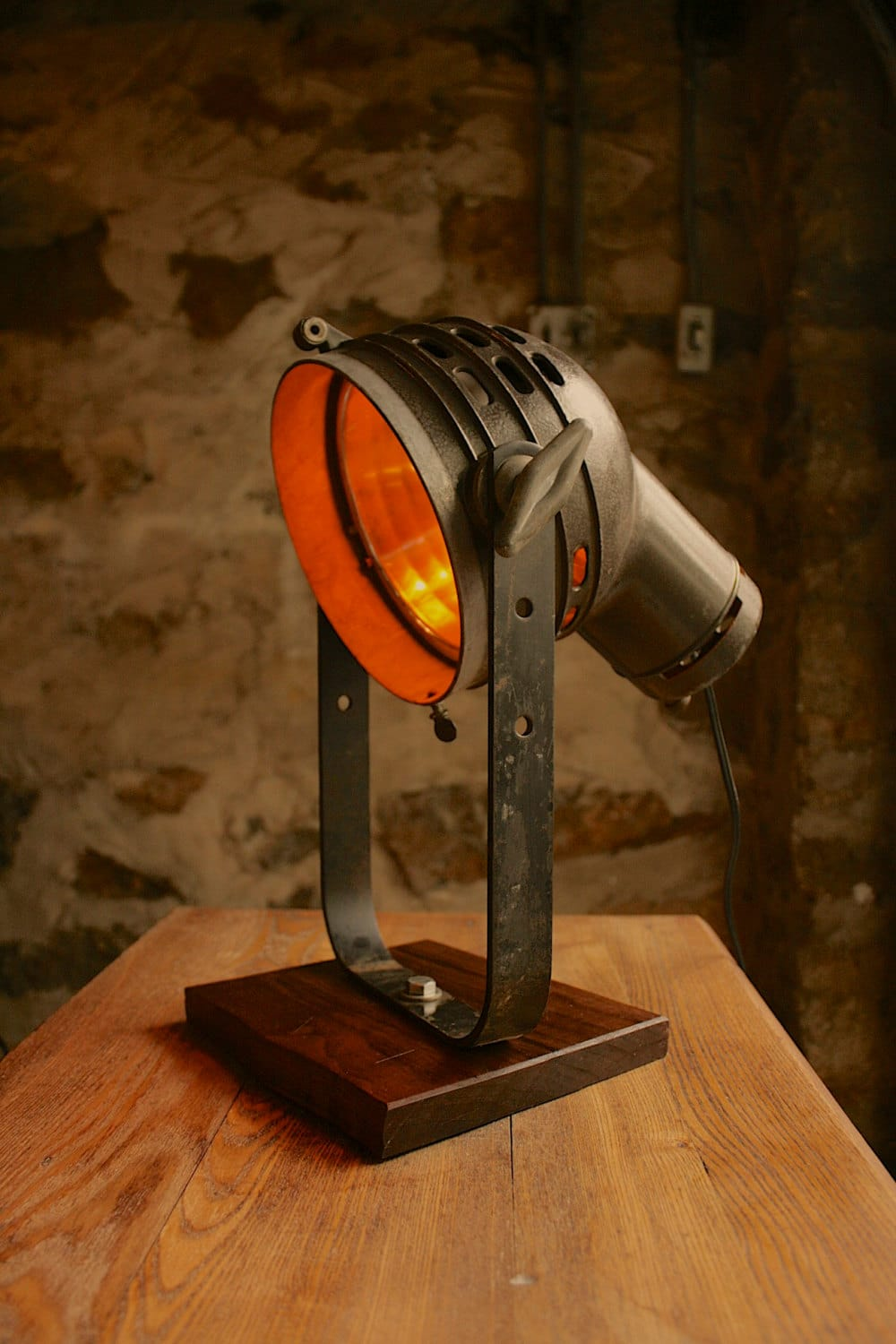 Vintage Movie Spotlight With Oak Desk Lamp Id Lights