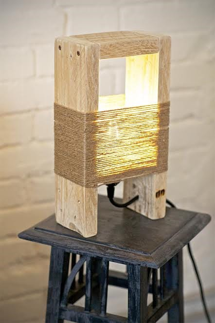 Cute Wood Table Lamp made with a Pallet - wood-lamps, table-lamps
