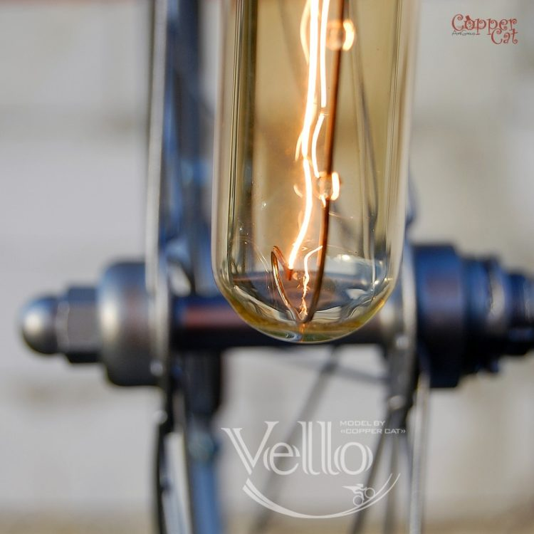 Bicycle Wheel and Parts Recycled into Steampunk Bike Lamp - desk-lamps