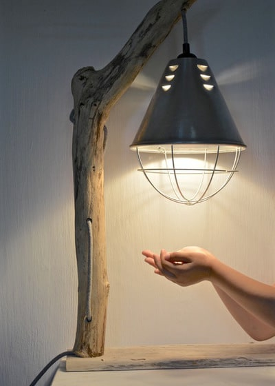 DIY How to Make a Driftwood Table Lamp - wood-lamps, table-lamps