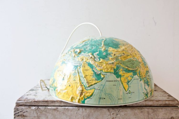How to make a globe-shaped custom lamp shade for suspension