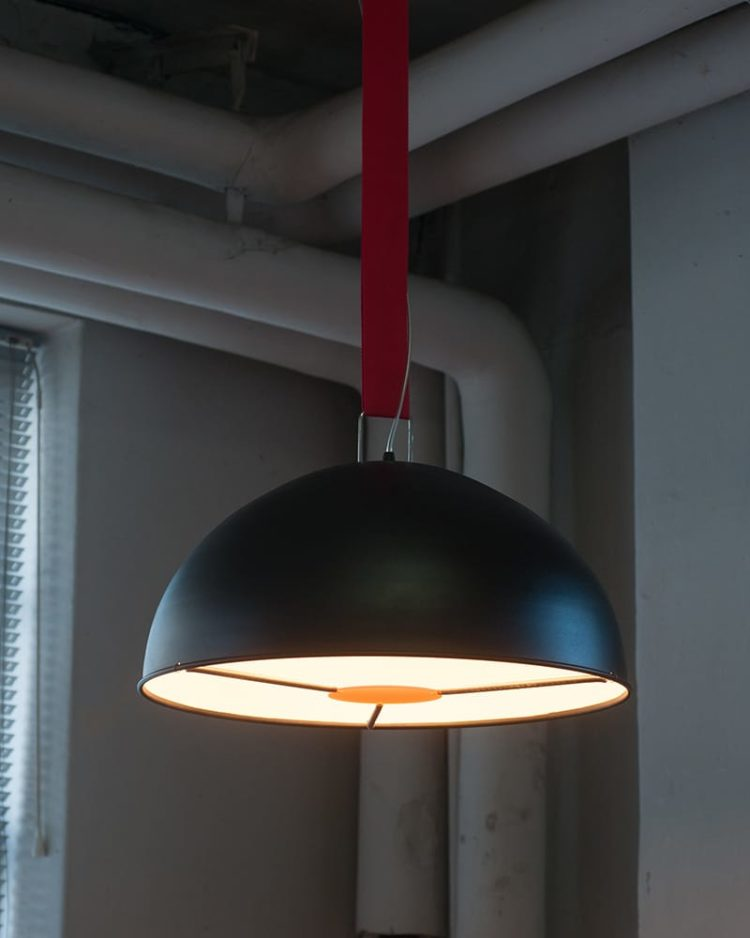 Big Strap Lamp ONE Pendant Lighting