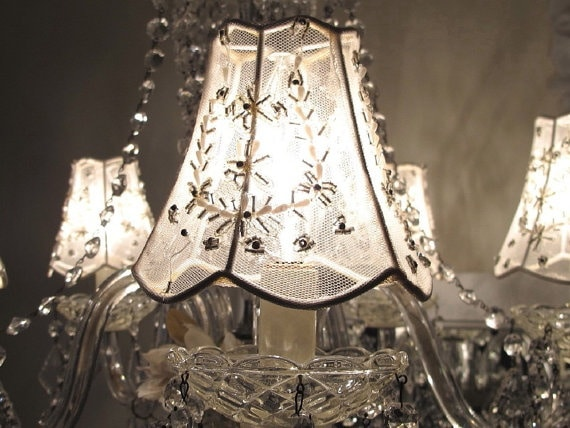 12 Original Shabby Chic Lighting Ideas - restaurant-bar, pendant-lighting