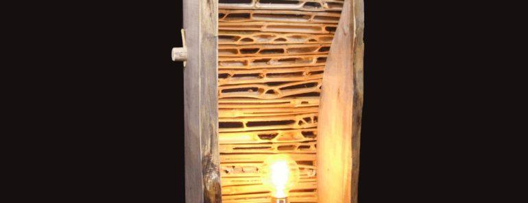 Design Wooden Log Lamp
