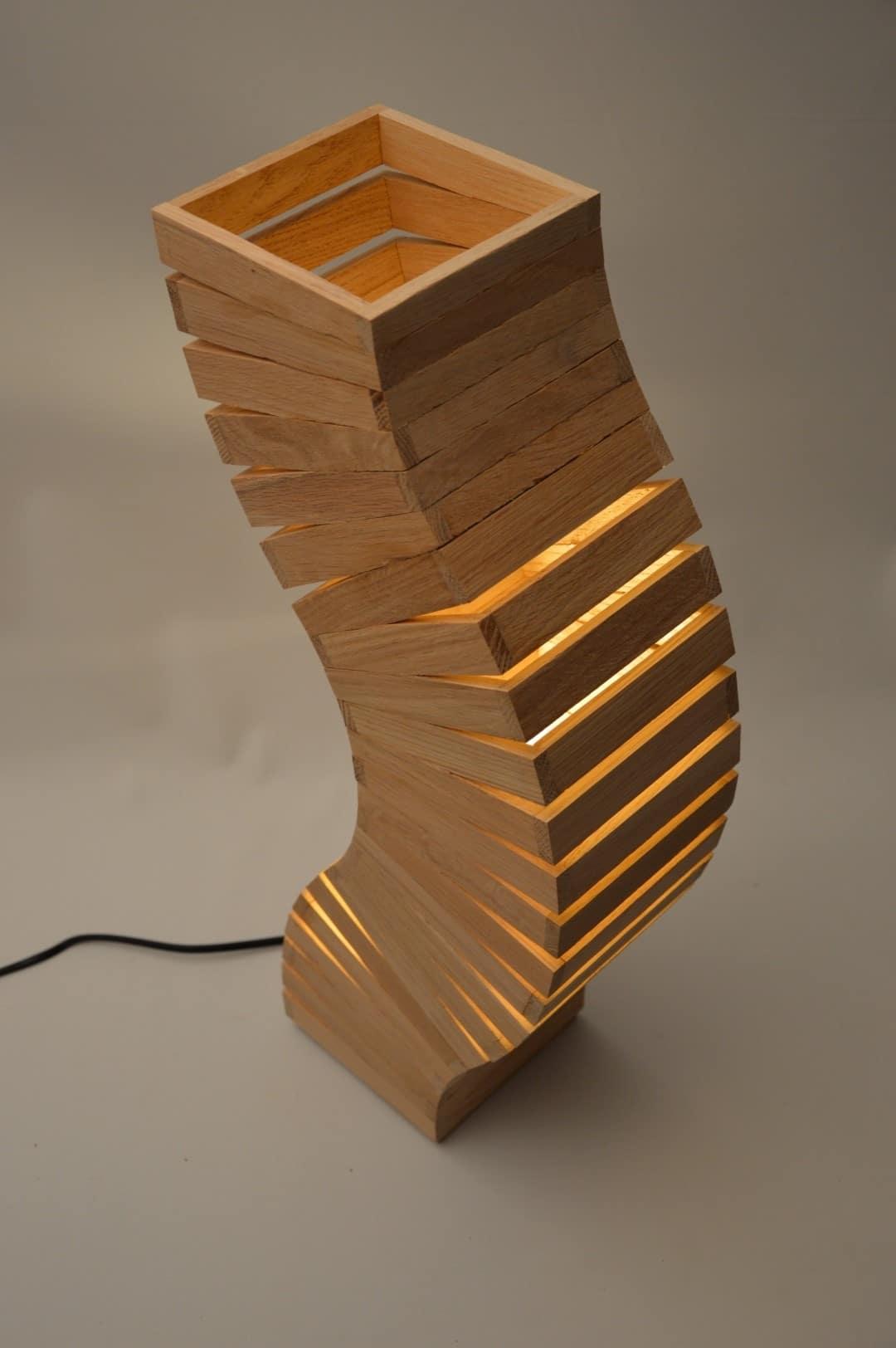 Oak Wood Spine Lamp
