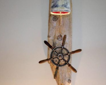 Antique Ship wheel Drift wood Lamp