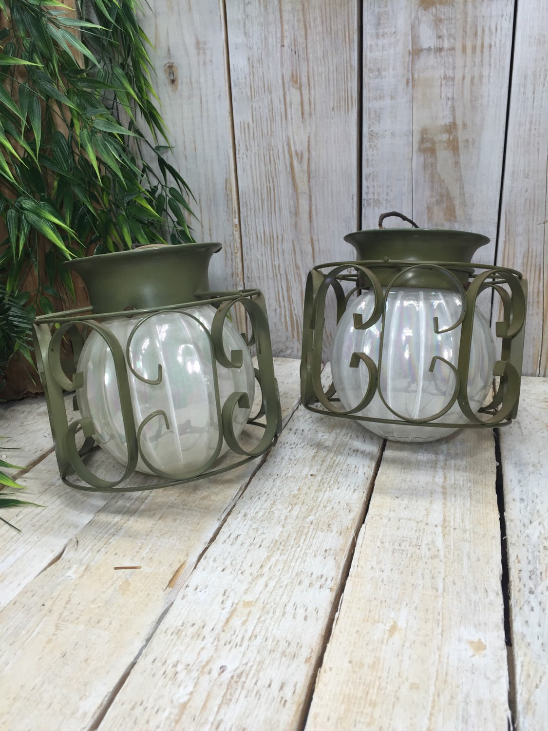 Vintage Outdoor Lighting Fixture - outdoor-lighting