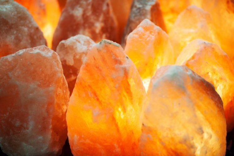 Real Himalayan Salt Lamps Complete Guide - table-lamps