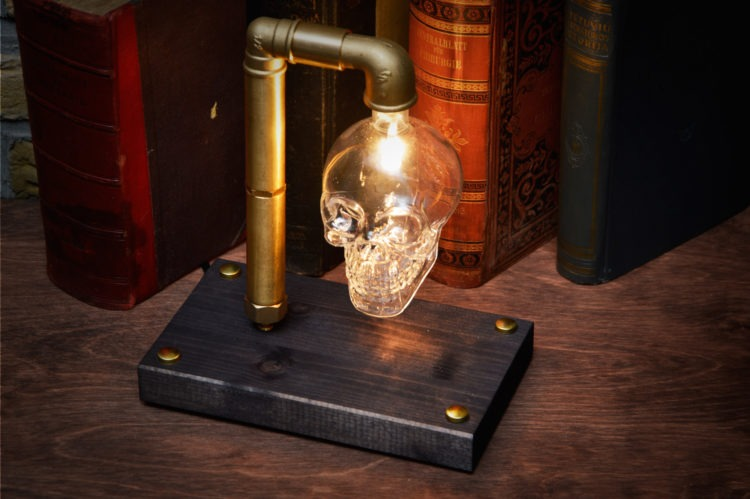 Skull Table Lamp 1 - Desk Lamps - iD Lights