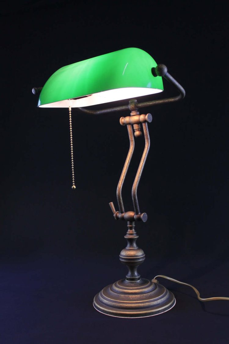 Banker's lamp table green-produced in Italy