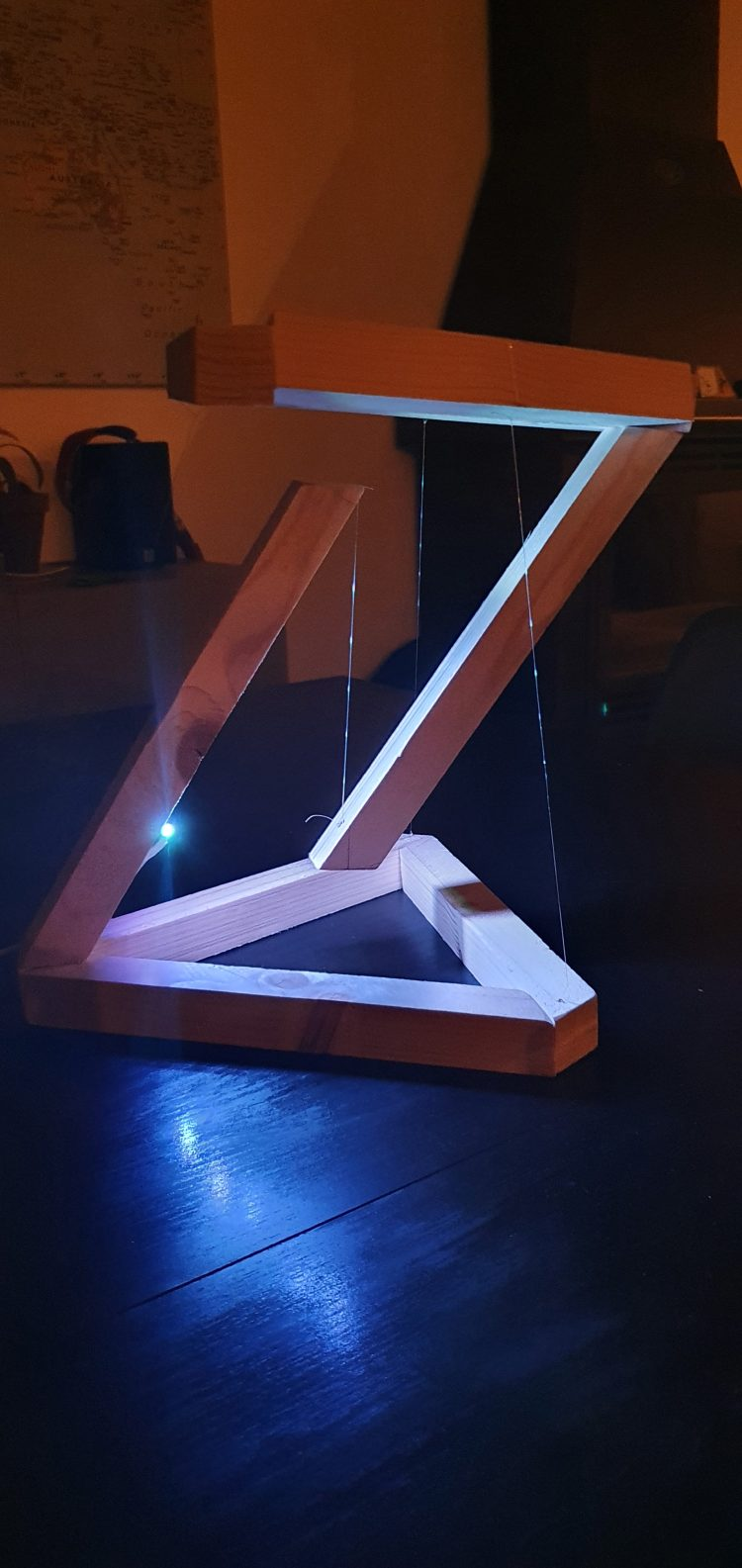 Wooden DIY Tensegrity Lamp with LED 7 - Desk Lamps - iD Lights