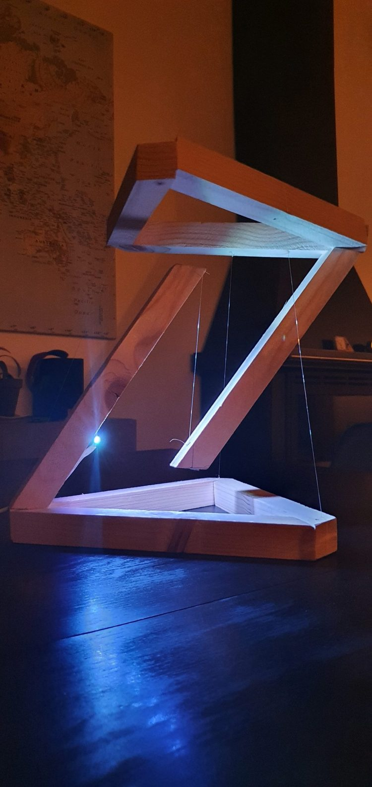 Wooden DIY Tensegrity Lamp with LED 2 - Desk Lamps - iD Lights