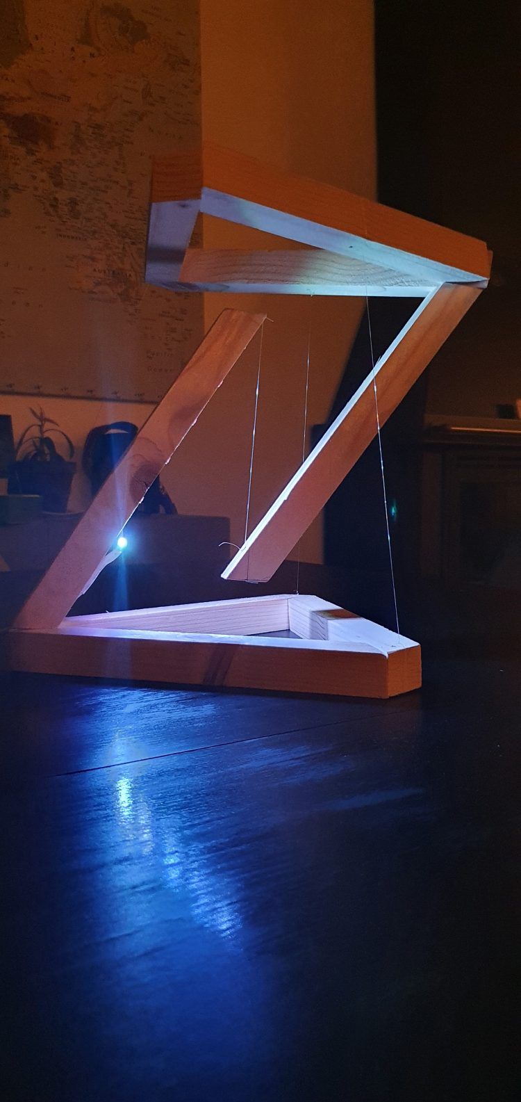 Wooden DIY Tensegrity Lamp with LED 3 - Desk Lamps - iD Lights