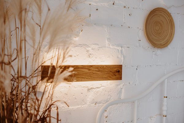 Handmade wall luminaire of oak wood 6 - iD Lights